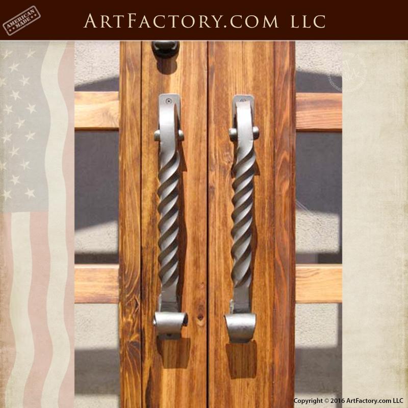 Twisted Scroll Bar Door Pull