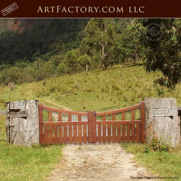 Solid Wood Entrance Gate
