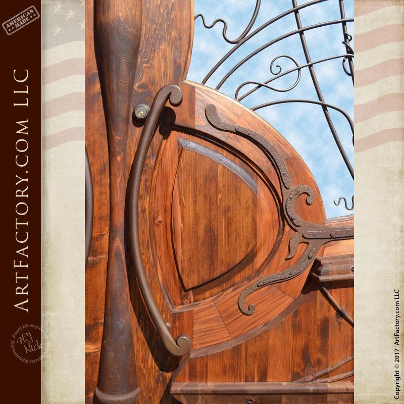 doors Jules Lavirotte inspired door