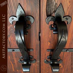 custom Fleur-de-Lis theme door pulls