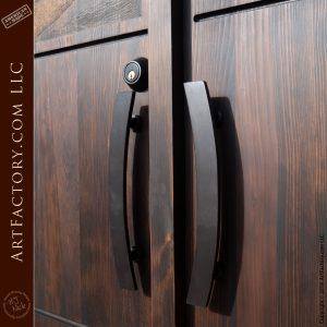 curved art deco handles
