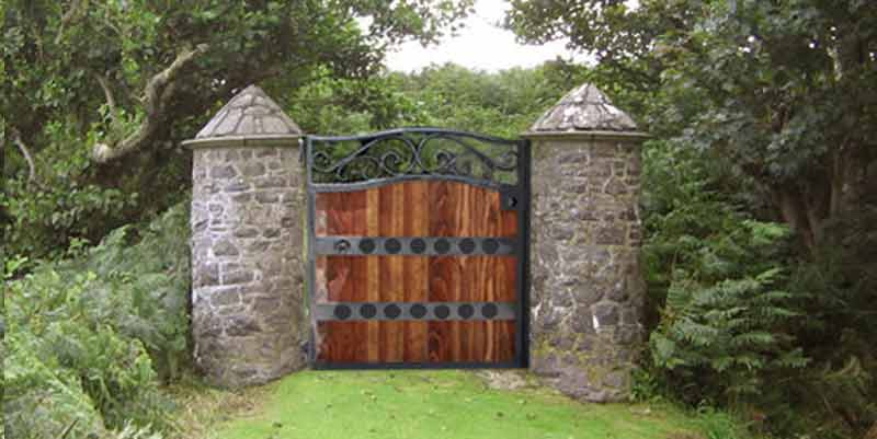 Arched wood gates