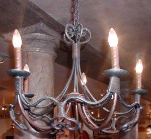 Chandelier - Chateau de la Brade Style - LC663