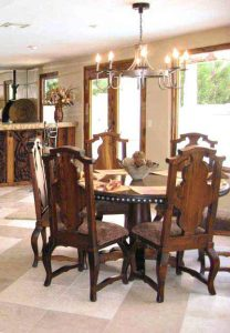 Dining Table - Queen Anne Round Dining Room - TD1113